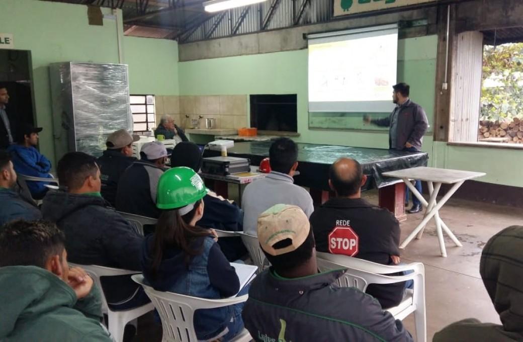 Equipes de montagem da Lajes Patagonia passam por treinamento da Hard