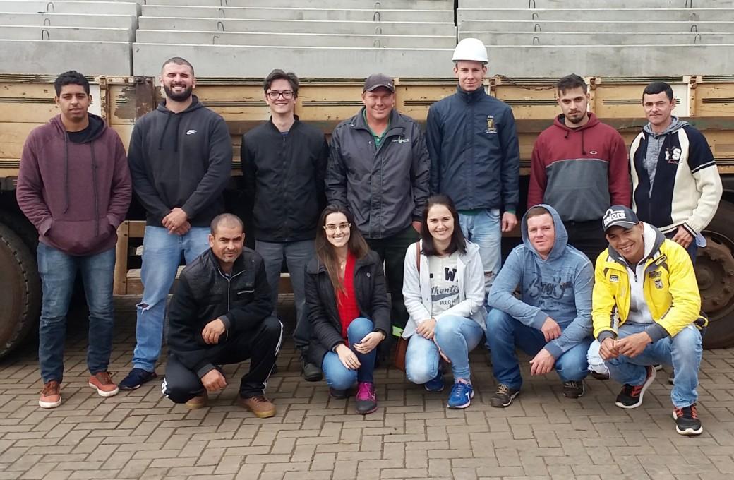 Treinamentos sobre manuseio de empilhadeira e trabalho em altura foram realizados na Lajes Patagonia