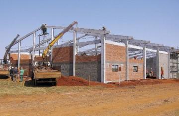 pré-moldado, estrutura de concreto, estrutura metálica, aviário, galpão